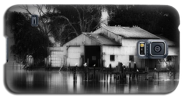 Galaxy S5 Case featuring the photograph Boathouse Bw by Bill Wakeley