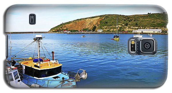 Galaxy S5 Case featuring the photograph Boats At Friendly Bay by Nareeta Martin