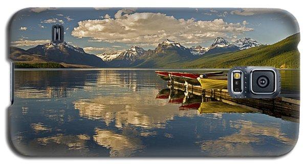 Boats At Lake Mcdonald Galaxy S5 Case by Gary Lengyel