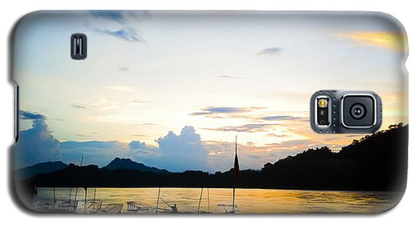 Boats In The Mekong River, Luang Prabang At Sunset Galaxy S5 Case