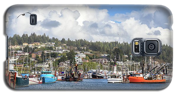 Boats In Yaquina Bay Galaxy S5 Case