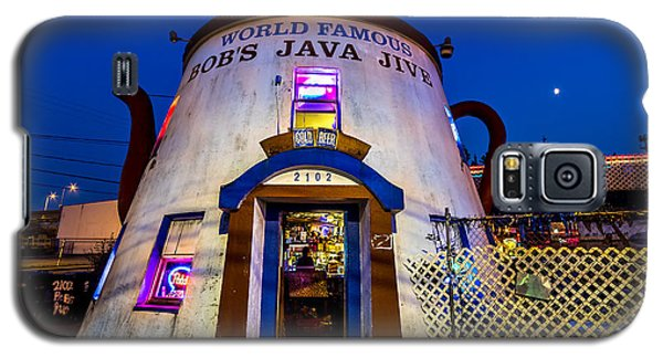 Bob's Java Jive - Historic Landmark During Blue Hour Galaxy S5 Case