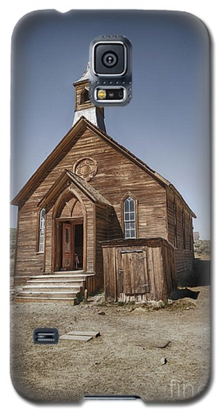 Galaxy S5 Case featuring the photograph Bodie Church by Jim  Hatch