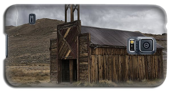 Galaxy S5 Case featuring the photograph Bodie Fire Station With Lightning by Sandra Bronstein