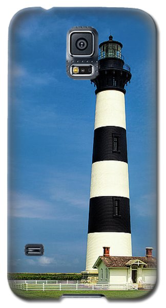 Galaxy S5 Case featuring the photograph Bodie Island Lighthouse by Andrew Soundarajan