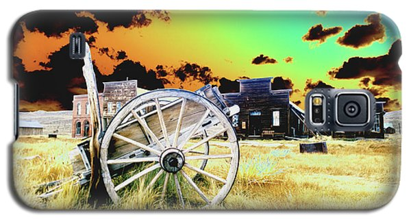 Galaxy S5 Case featuring the photograph Bodie Wagon by Jim and Emily Bush