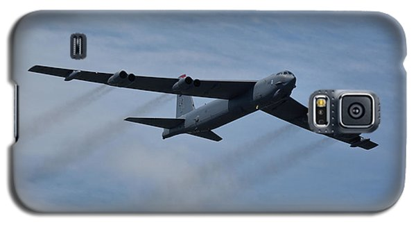 Galaxy S5 Case featuring the photograph Boeing B-52h Stratofortress by Tim Beach