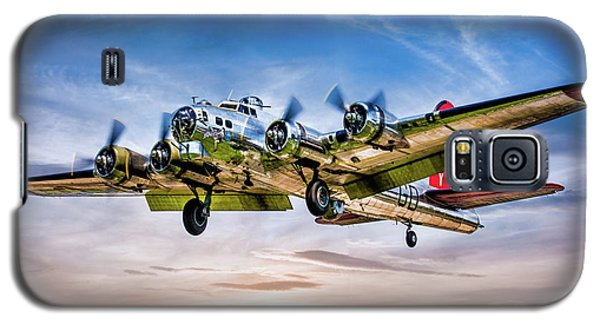 Galaxy S5 Case featuring the photograph Boeing B17g Flying Fortress Yankee Lady by Chris Lord