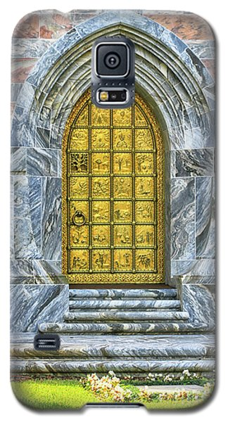 Galaxy S5 Case featuring the photograph Bok Tower Door by Deborah Benoit
