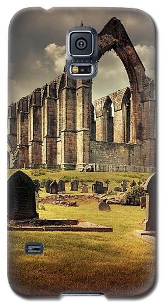Bolton Abbey In The Uk Galaxy S5 Case by Jaroslaw Blaminsky