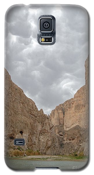 Boquillas Canyon And Scalloped Clouds Big Bend National Park Texas Galaxy S5 Case
