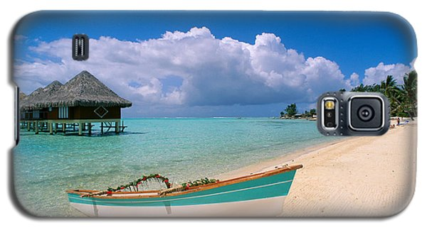 Bora Bora, Hotel Moana Galaxy S5 Case by Greg Vaughn - Printscapes