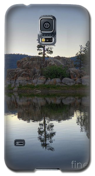 Galaxy S5 Case featuring the photograph Boulder Bay Reflections  by Kelly Wade