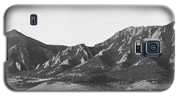 Boulder Colorado Flatirons And Cu Campus Panorama Bw Galaxy S5 Case