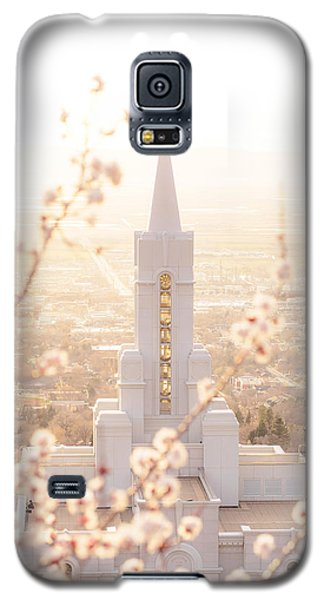 Bountiful Temple Blooms Galaxy S5 Case