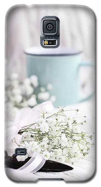 Bouquet Of Baby's Breath Galaxy S5 Case by Stephanie Frey