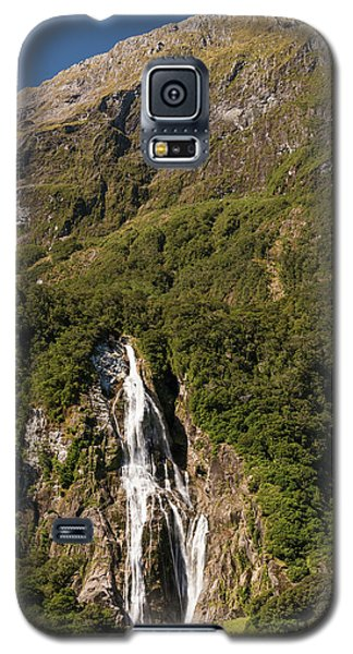 Galaxy S5 Case featuring the photograph Bowen Falls Milford Sound by Gary Eason