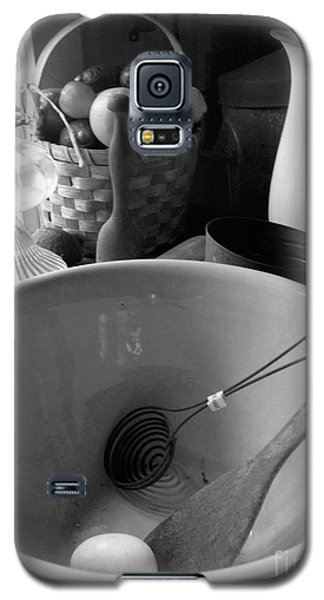 Galaxy S5 Case featuring the photograph Bowl by Brian Jones