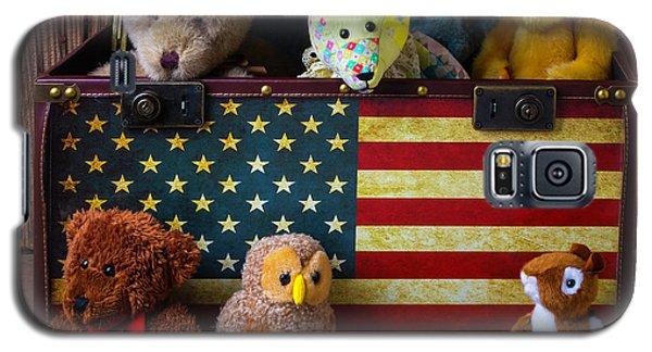 Box Full Of Bears Galaxy S5 Case by Garry Gay