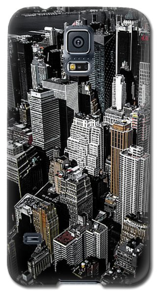 Galaxy S5 Case featuring the photograph Boxes Of Manhattan by Nicklas Gustafsson