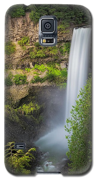 Galaxy S5 Case featuring the photograph Brandywine Falls by Jacqui Boonstra