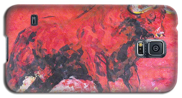 Galaxy S5 Case featuring the painting Brave Red Bull by Koro Arandia