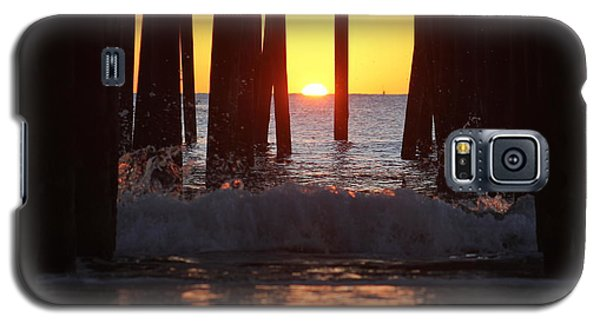 Breaking Dawn At The Pier Galaxy S5 Case