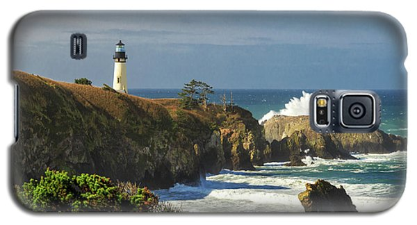 Breaking Waves At Yaquina Head Lighthouse Galaxy S5 Case