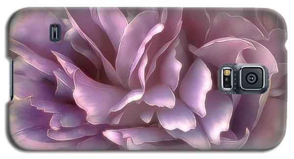 Galaxy S5 Case featuring the photograph Breeze In Deep Pink by Darlene Kwiatkowski