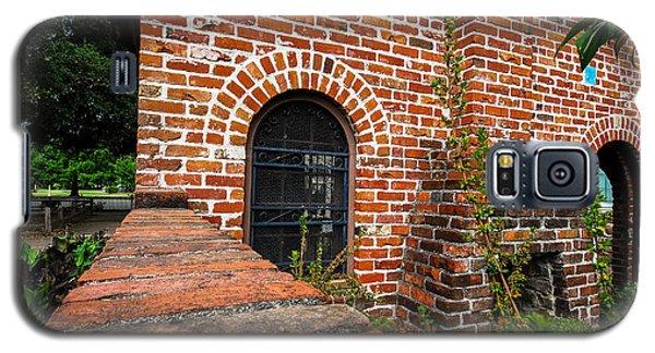 Brick Courtyard Galaxy S5 Case
