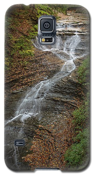 Galaxy S5 Case featuring the photograph Bridal Veil Falls by Dale Kincaid