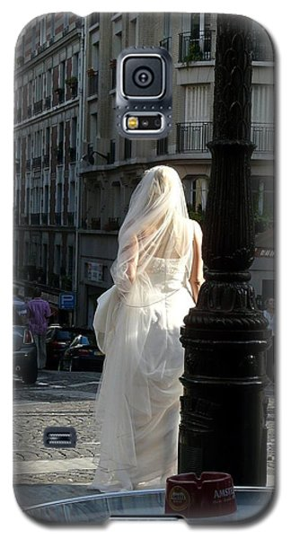 Galaxy S5 Case featuring the photograph Bride Of Paris by Rdr Creative