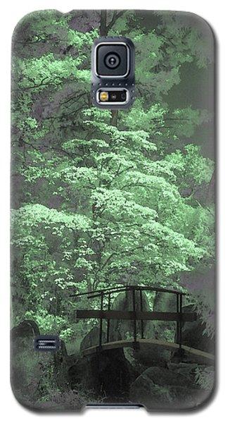Bridge At Clark Gardens Galaxy S5 Case