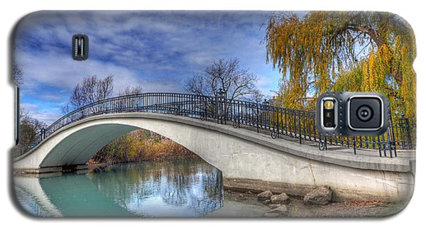 Bridge At Elizabeth Park Galaxy S5 Case by Rodney Campbell