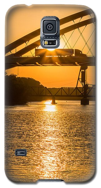 Bridge Sunrise 2 Galaxy S5 Case