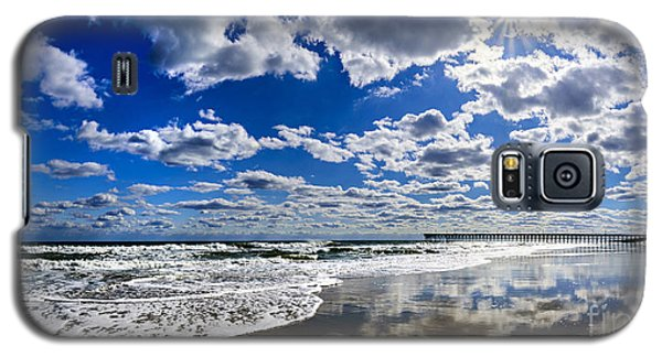 Brilliant Clouds Galaxy S5 Case