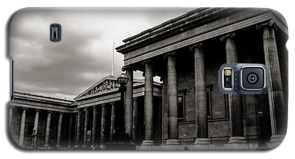London Galaxy S5 Case - #britishmuseum #london #thisislondon by Ozan Goren