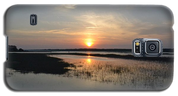 Galaxy S5 Case featuring the photograph Broad Creek Sunset by Carol  Bradley