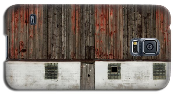 Galaxy S5 Case featuring the photograph Broad Side Of A Barn by Julie Hamilton