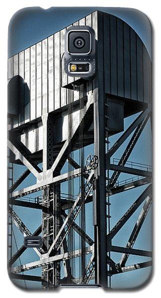Broadway Bridge South Tower Detail 2 Chromatic Galaxy S5 Case