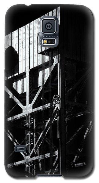 Broadway Bridge South Tower Detail 3 Monochrome Galaxy S5 Case