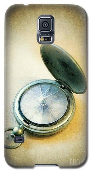 Galaxy S5 Case featuring the photograph Broken Pocket Watch by Jill Battaglia