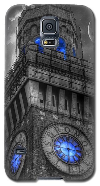 Galaxy S5 Case featuring the photograph Bromo Seltzer Tower Baltimore - Blue  by Marianna Mills