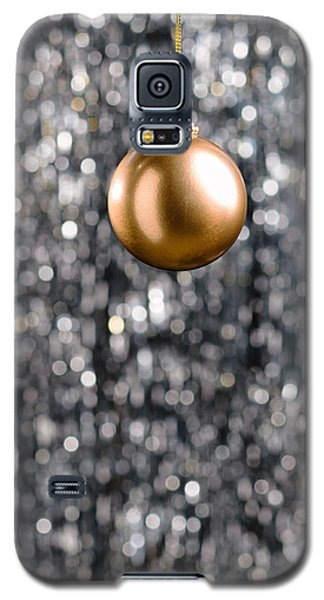 Galaxy S5 Case featuring the photograph Bronze Christmas  by Ulrich Schade