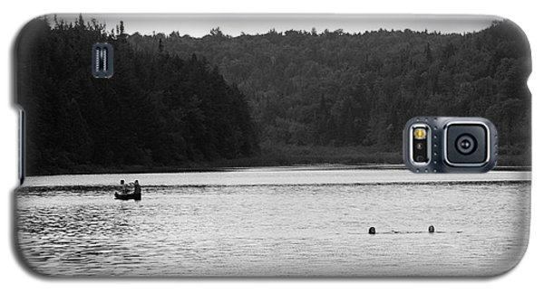 Galaxy S5 Case featuring the photograph Brookfield, Vt - Swimming Hole 2006 Bw by Frank Romeo