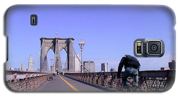 Brooklyn Bridge Bicyclist Galaxy S5 Case