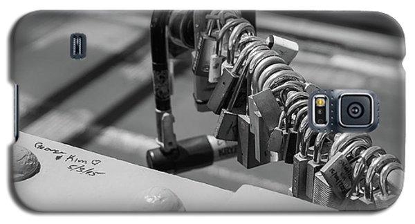 Brooklyn Bridge Love Locks In New York, New York Galaxy S5 Case