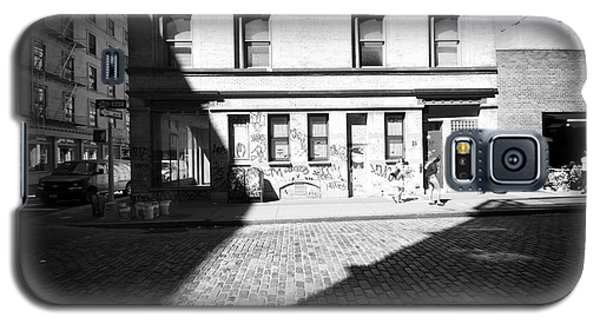 Galaxy S5 Case featuring the photograph Broome Street Nyc by Dave Beckerman