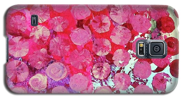 Galaxy S5 Case featuring the mixed media Bubbles by Mary Ellen Frazee