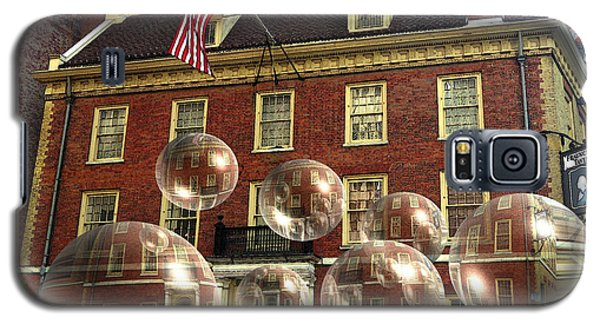 Bubbles Of New York History - Photo Collage Galaxy S5 Case